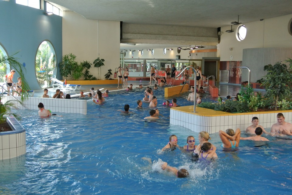 Piscine ic o grand calais terres mers for Piscine iceo calais